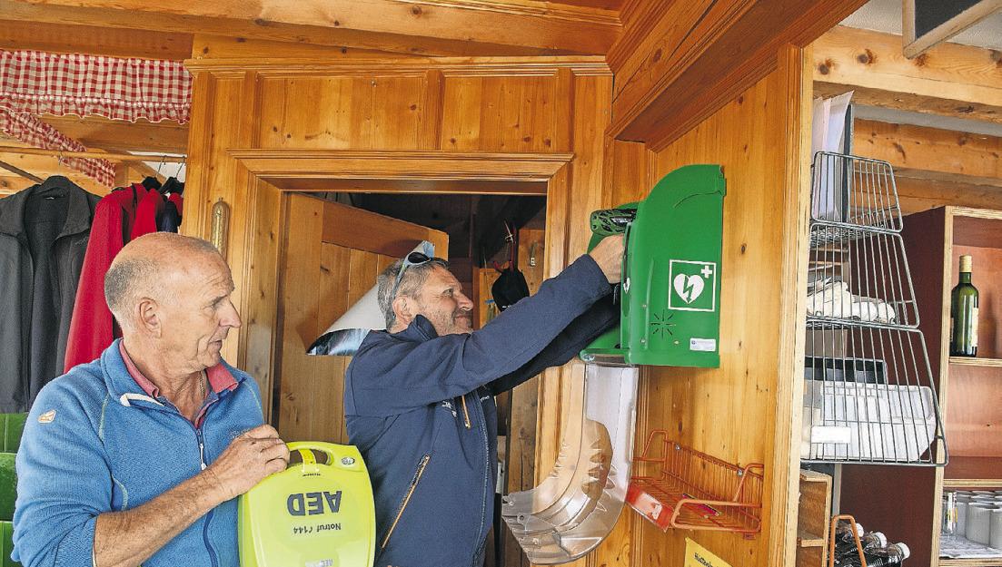 Mythen hat den höchstgelegenen  Defibrillator des Kantons